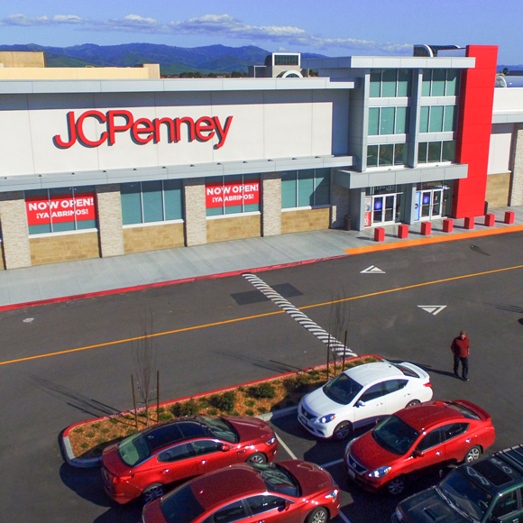 A drone view from above of the exterior of a JCPenney location, built by Tri-North.