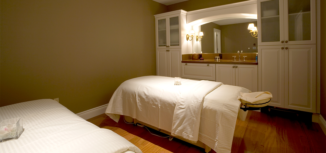 Tri-North Builders remodeled massage room inside the spa at the Pfister hotel in Milwaukee, WI.