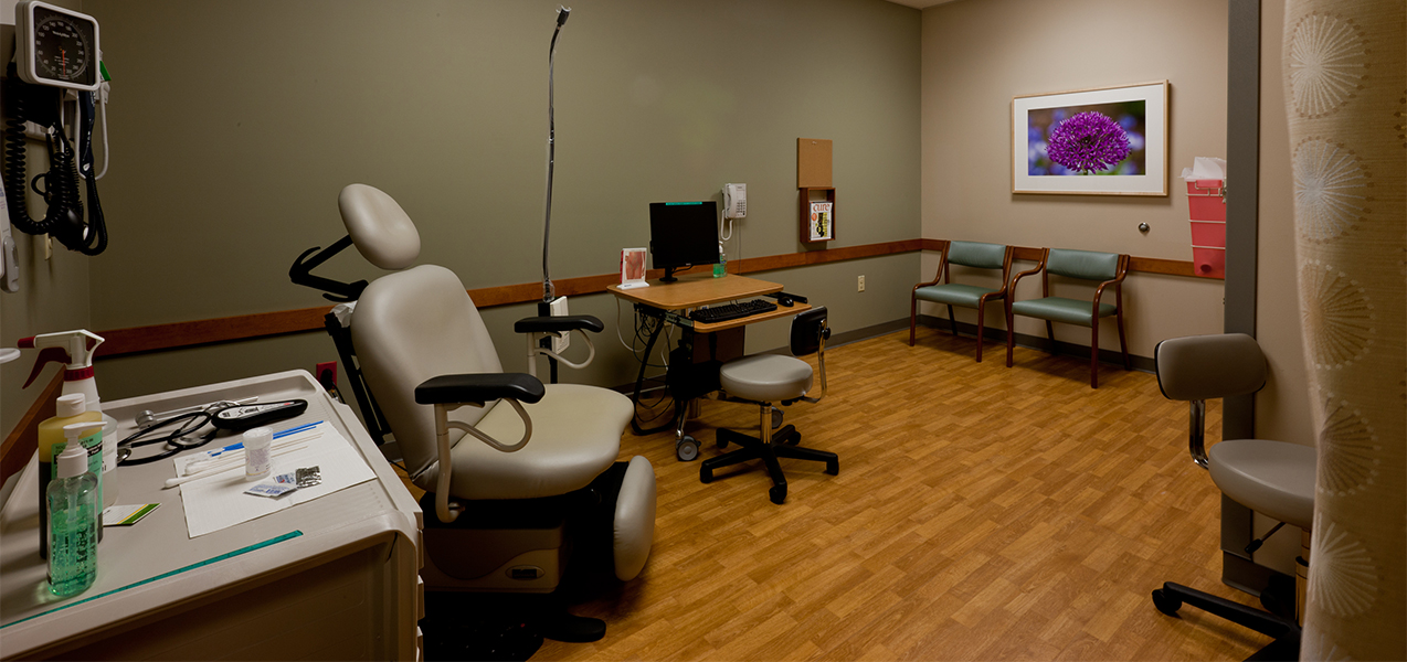 Examination room at the UW Carbone Cancer Center clinic built by Tri-North Builders in Wisconsin.